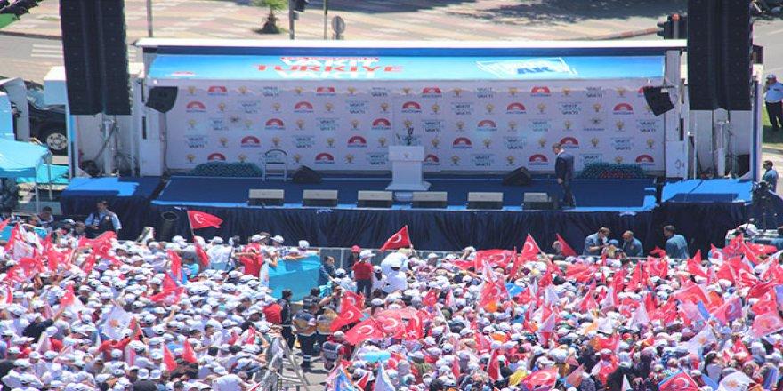 Erdoğan'ın gelmesine dakikalar kaldı! Tarihi miting alanından karel