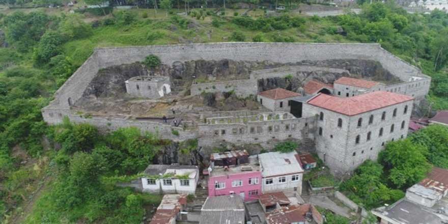 Restorasyonu 4 yıl süren Kızlar Manastırı ziyarete açılacağı günü bekliy