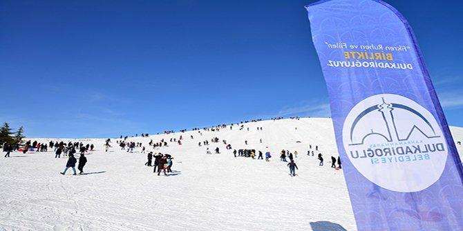 Yedikuyular Kayak Merkezi'ne mevsimin ilk karı yağdı