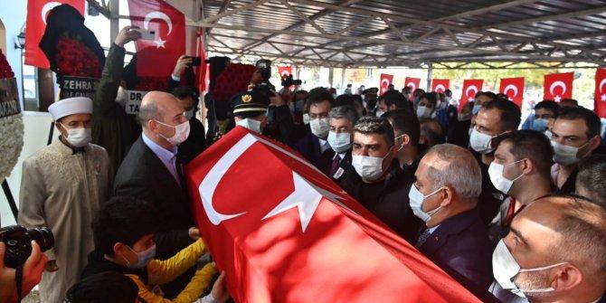 Kahramanmaraş'ta şehit olan polis son yolculuğuna uğurlandı