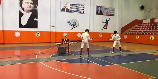 Kahramanmaraş'ta Eskrim U17 Epe Açık Turnuvası düzenlendi