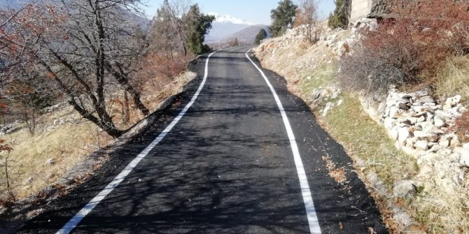 Kahramanmaraş'ta trafik işaretleme çalışmaları aralıksız sürüyor