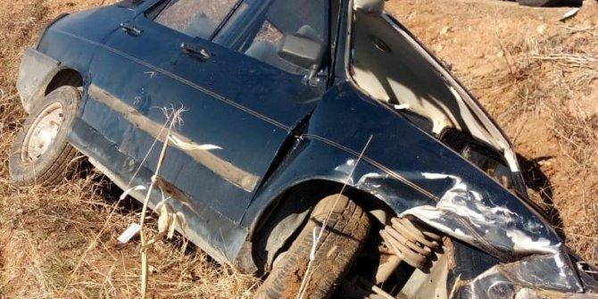 Kahramanmaraş'ta otomobil tarlaya uçtu: 3 Yaralı