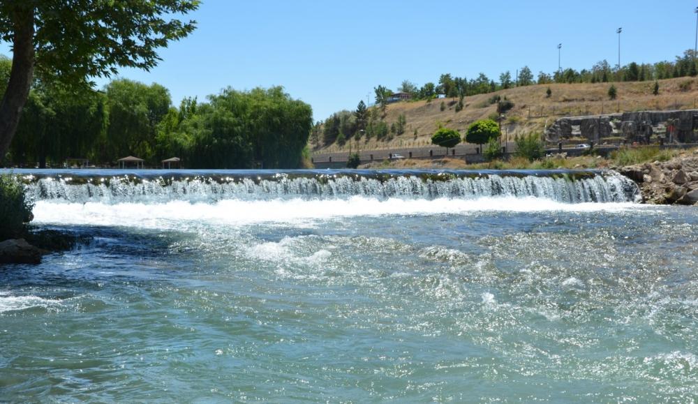 Ceyhan Nehri temizleniyor 7