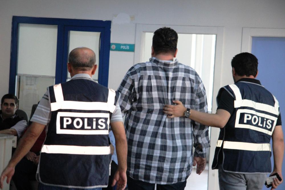 31 kişi FETÖ'den gözaltına alındı 9