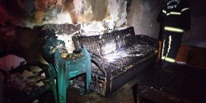 Kahramanmaraş'ta alkolü fazla kaçırınca yaşadığı evi yaktı