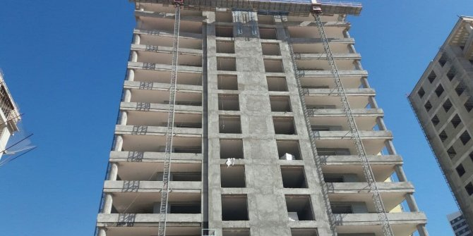 9. kattan düşen 16 yaşındaki genç işçi hayatını kaybetti