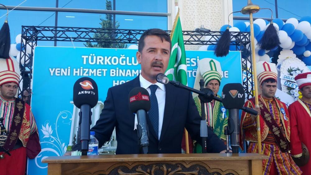 Türkoğlu Belediye Binasına Yoğun Katılım 1