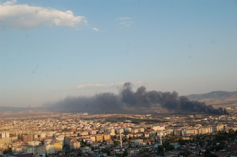 Kahramanmaraş'ta fabrika yangını 1