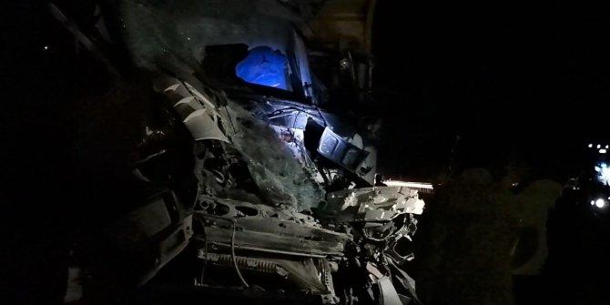 Kahramanmaraş-Kayseri yolunda zincirleme kaza:1 Ölü, 3 yaralı
