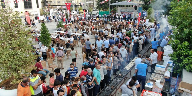 Denize kıyısı olmayan Kahramanmaraş'ta balık festivali düzenledi