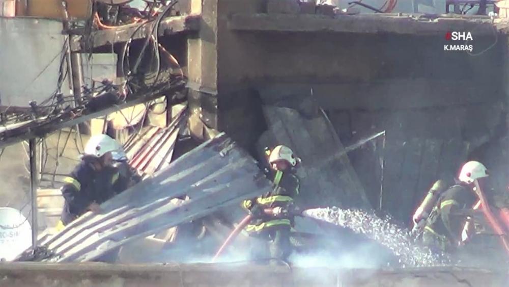 Kahramanmaraş'ta apartmanın çatı katı yeniden yandı 1