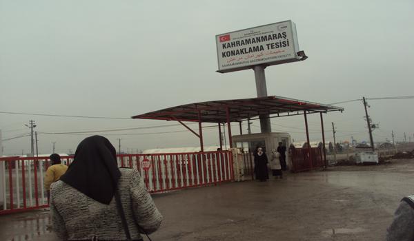 SAADET İL HANIM KOLLARI, ÇADIR KENTTE SURİYELİLERİ ZİYARET ETTİ