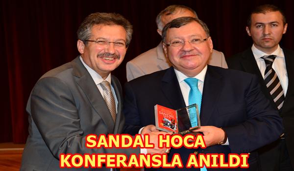 SANDAL HOCA KONFERANSLA ANILDI