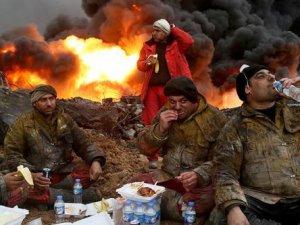 Musul'da petrol kuyuları alev alev yanıyor