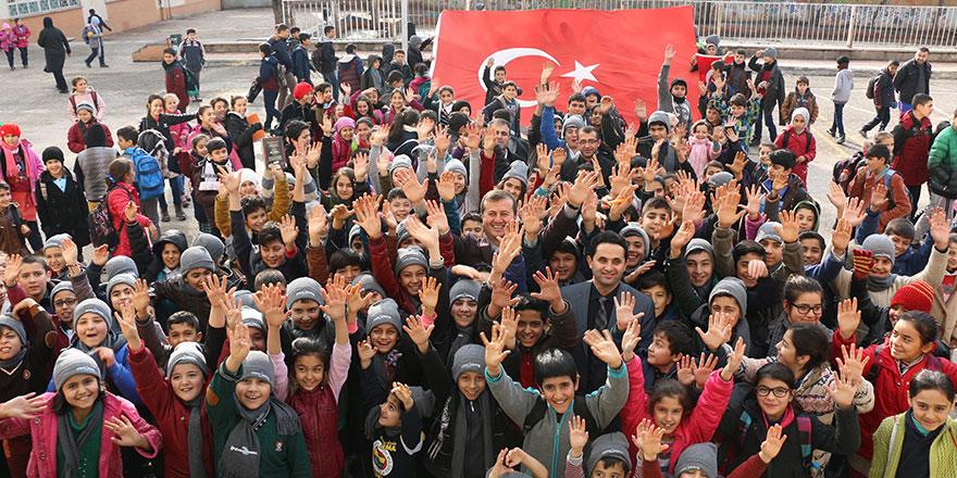Başkan Bozdağ'dan yeni eğitim öğretim yılı mesajı