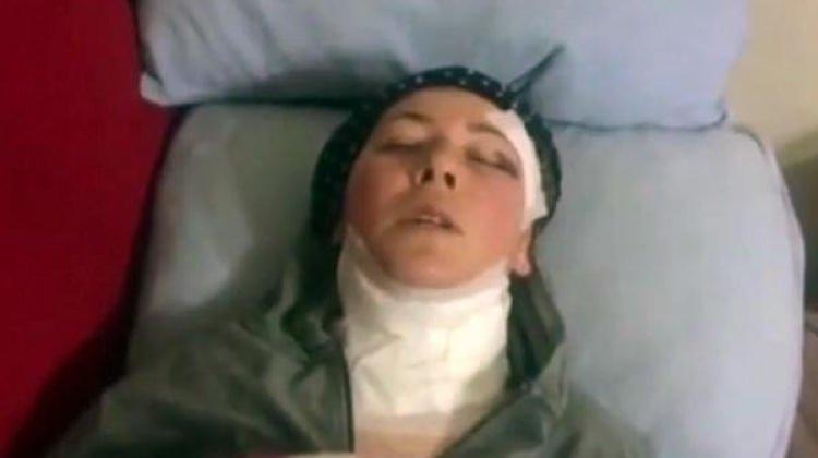 Koca dehşeti! Eşini uykusunda boğazından bıçakladı