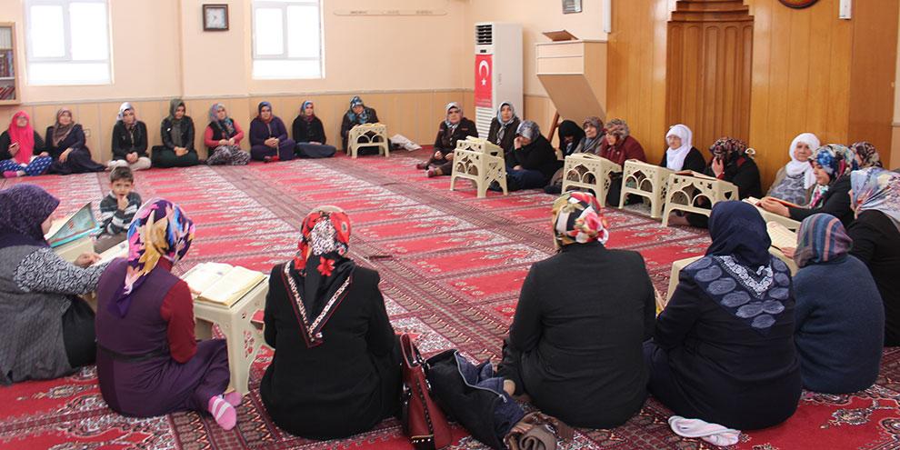 AK Partili Kadınlardan Afrin Şehitleri için mevlid