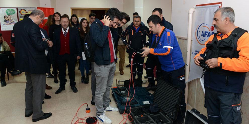 KSÜ'de Deprem Haftası Kapsamında Söyleşi Düzenlendi