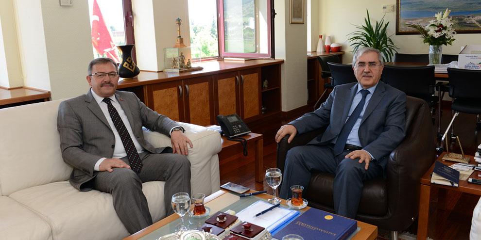 Göksun Belediye Başkanı Aydın, Rektör Can'ı Ziyaret Etti