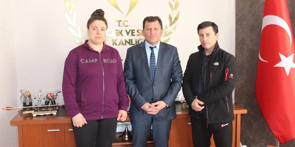 Halter Türkiye Şampiyonu Melike Günal'dan ziyaret