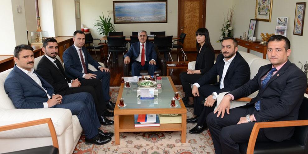 Ülkü Ocakları Kahramanmaraş İl Başkanlığından Rektör Can'a 'Hayırlı Olsun' Ziyareti