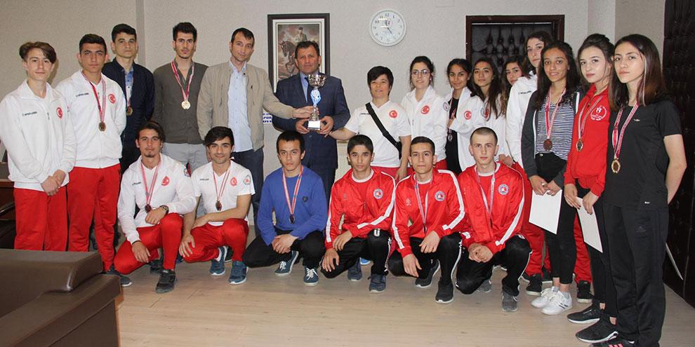 Kahramanmaraş Wushu takımı doğu illeri şampiyonu