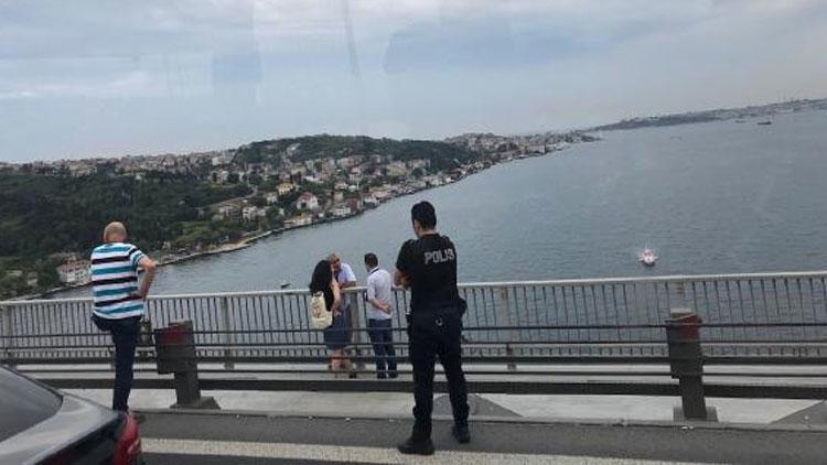 Şehitler köprüsünde hareketlilik: Trafik durdu!