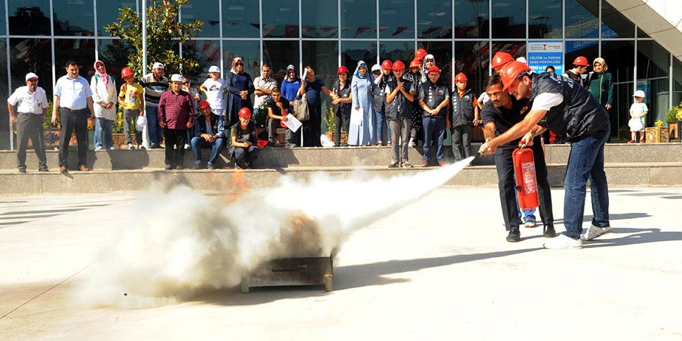 Engellilere yangın eğitim ve tatbikatı