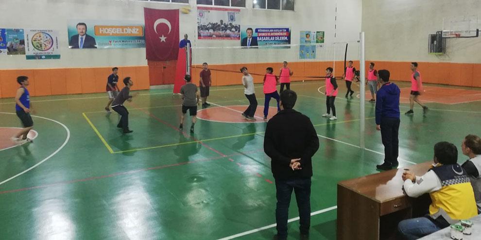 Kütüphaneler voleybol turnuvası başladı
