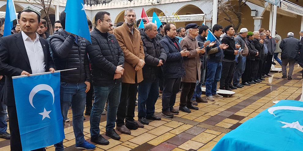 Doğu Türkistanlı Kerem Abdulveli için gıyabi cenaze namazı kılındı