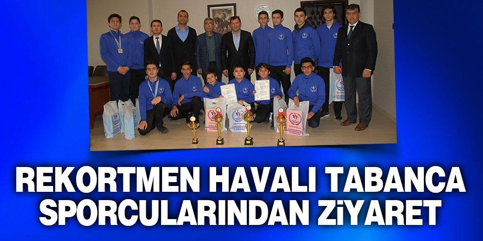 Rekortmen havalı tabanca sporcularından Kabakcı'ya ziyaret