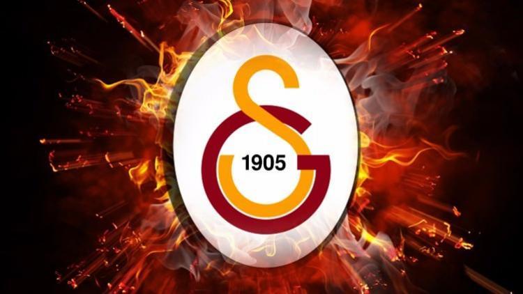 Galatasaray o oyuncu ile yolları ayırdı