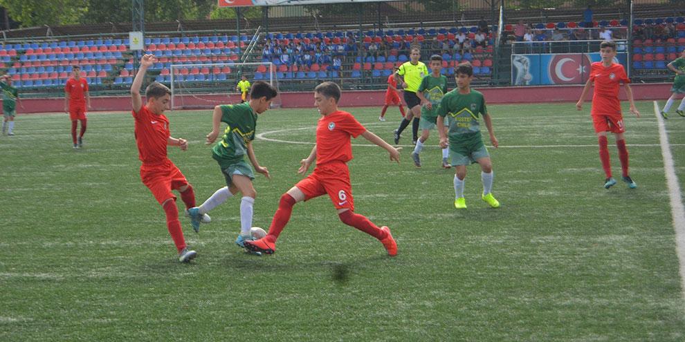 Kahramanmaraş'ta U14 Şampiyonu Amedspor oldu