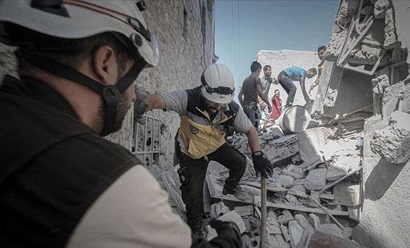 Esed rejimi İdlib'i vurdu: Çok sayıda ölü var