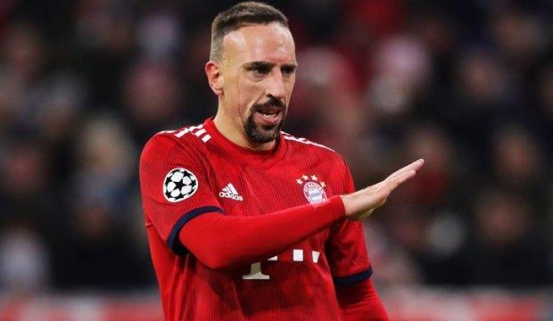 Ribery'den büyük sürpriz! İmzayı atıyor...