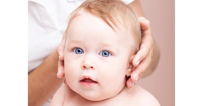 Uzmanlardan yeni bebekleri olan anne babalara uyarı