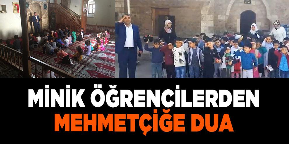 Minik öğrencilerden Mehmetçiğe dua