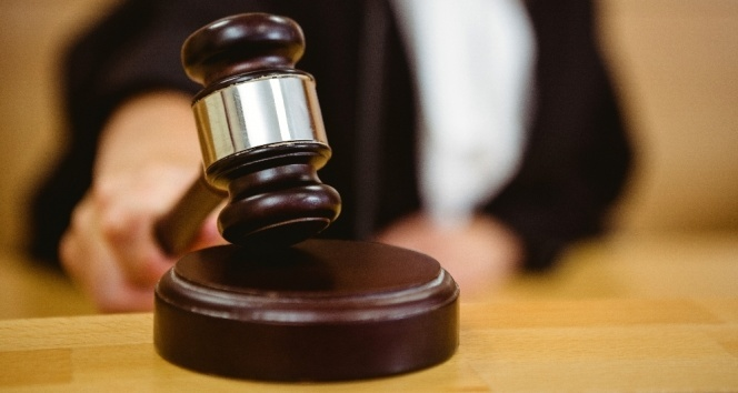 Yargıtay'dan emsal karar: Dava ihbarnamesi kapıya aslınca tebliğ edilmiş sayılacak