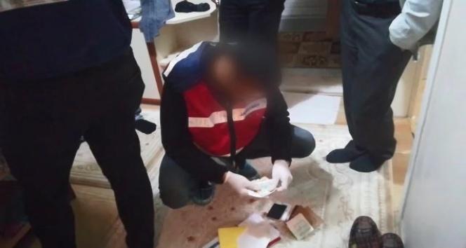 FETÖ elebaşını sosyal medyada öven bir kişi gözaltına alındı