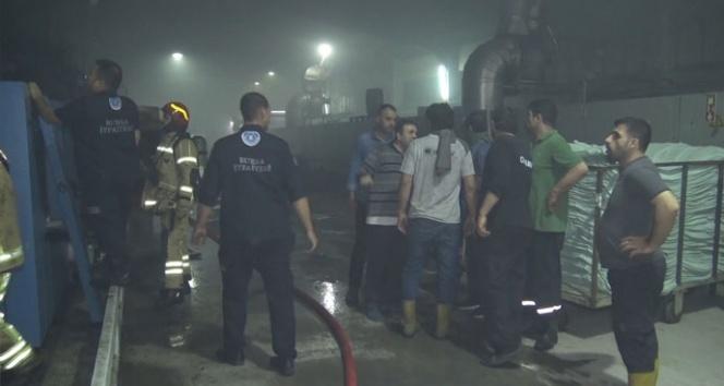 Bursa'da tekstil fabrikasında korkutan yangın