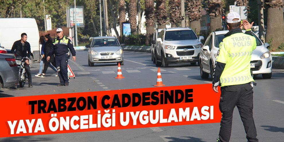 Trabzon caddesinde yaya önceliği uygulaması