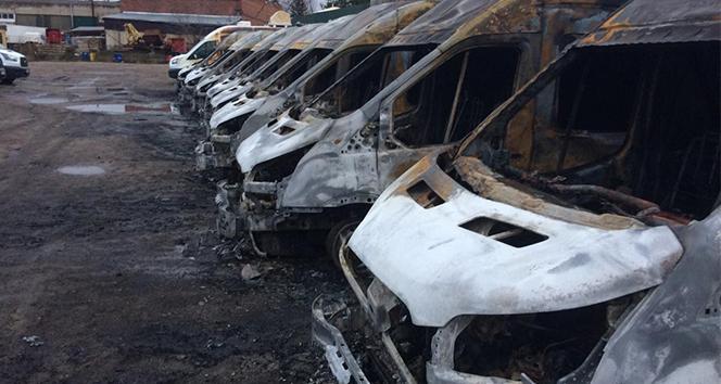 Rusya'da 13 minibüs aynı anda kundaklandı