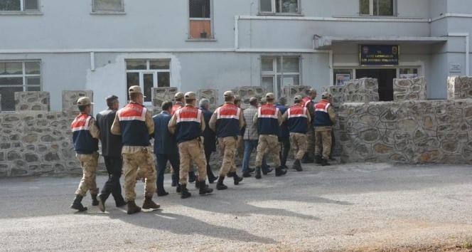 Muş'ta terör operasyonu: 6 muhtara gözaltı
