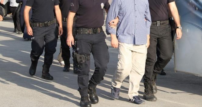 HDP'li 4 belediye başkanına terörden gözaltı