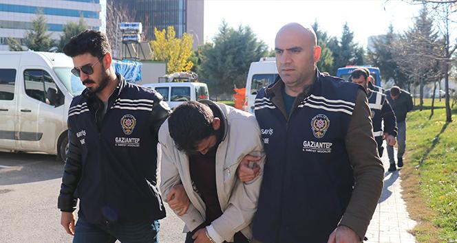 Devleti 1 buçuk milyon lira zarara uğratan hırsızlar yakalandı