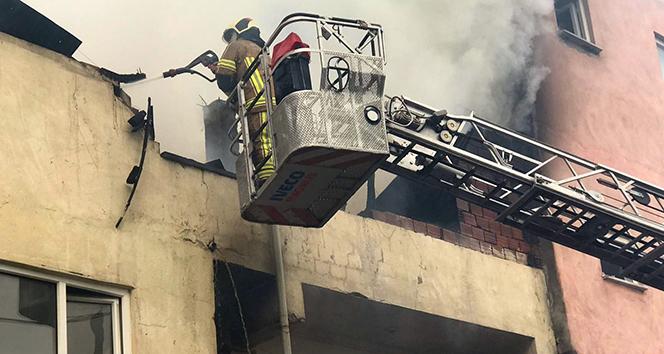 74 yaşındaki adam yanarak can verdi