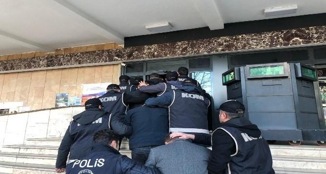 FETÖ'den 13 şüpheli gözaltına alındı