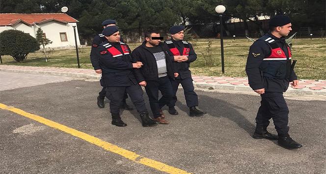 Cezaevi firarisi otogarda kıskıvrak yakalandı