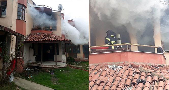Yalova'da tersane işçilerinin kaldığı villa yandı